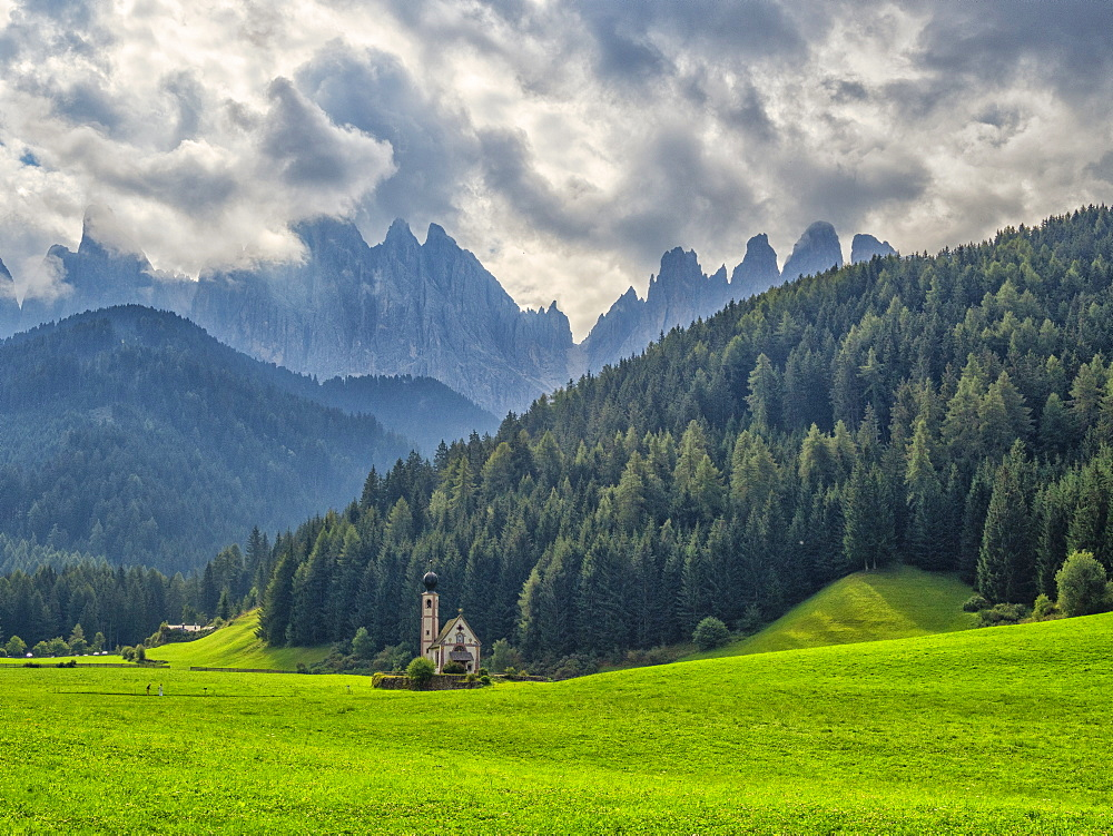 Santa Magdalena in Val di Funes, St. John in Ranui church, Funes Valley, Trentino-Alto Adige, Italy, Europe
