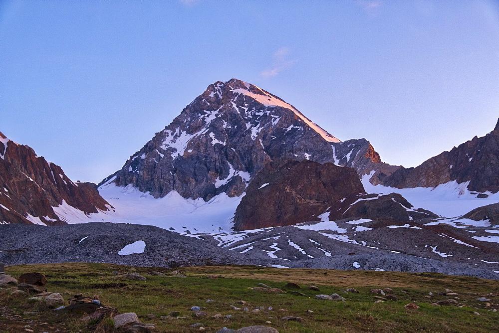 Mount Gran Zebru at sunrise, Valfurva, Lombardy, Italy, Europe - 1264-50