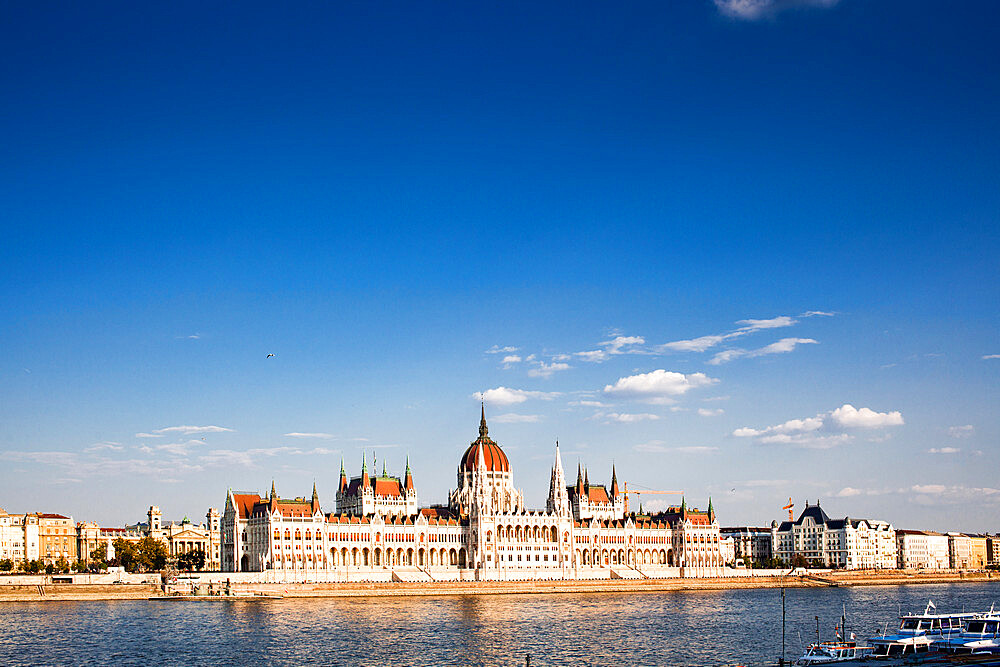 The Hungarian Parliament Building on the banks of the Danube in Pest - 1265-164