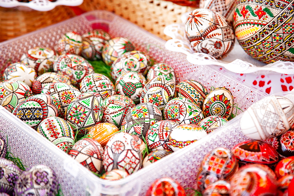 Traditional painted Easter eggs, Transylvania - 1265-191