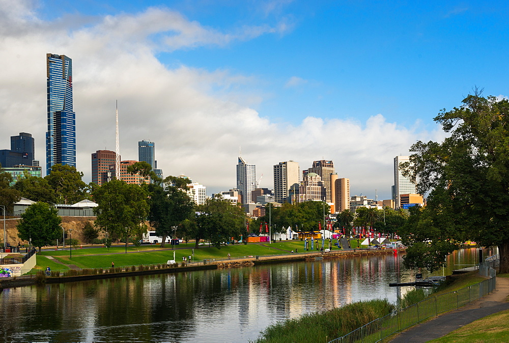 Melbourne city skyline over Yarra River, Melbourne, Victoria, Australia, Pacific