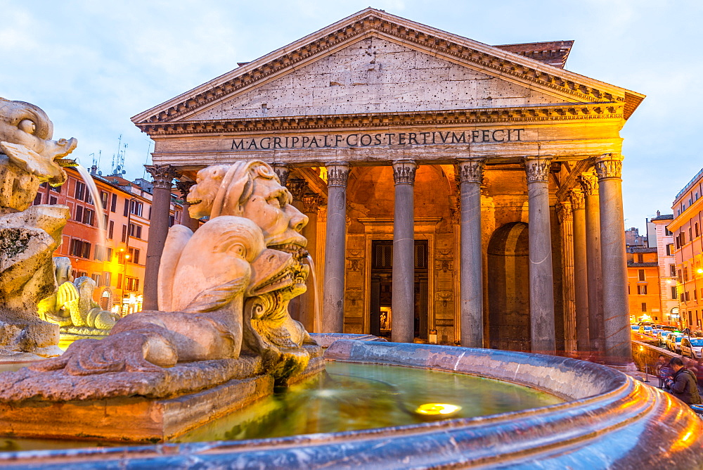 Fontana del Pantheon at dusk, with the Pantheon, UNESCO World Heritage Site, on the Piazza della Rotonda, Rome, Lazio, Italy, Europe - 1267-318