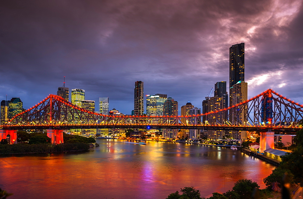 Story Bridge lit up after dark, Brisbane, Australia.