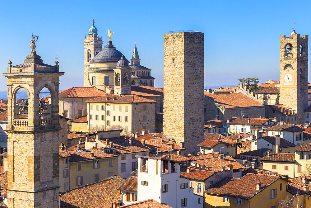 Tower of San Pangrazio, Torre del Gombito, Sant'Alessandro Cathedral(Duomo) and Civic Tower. Bergamo, Lombardy, Italy, Europe. - 1269-104