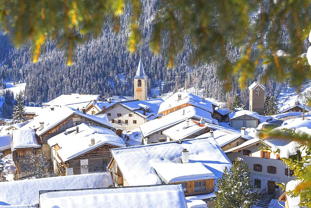 Village of Latsch after a snowfall. Bergun,Albula Valley, District of Prattigau/Davos,Canton of Graubünden, Switzerland, Europe. - 1269-159