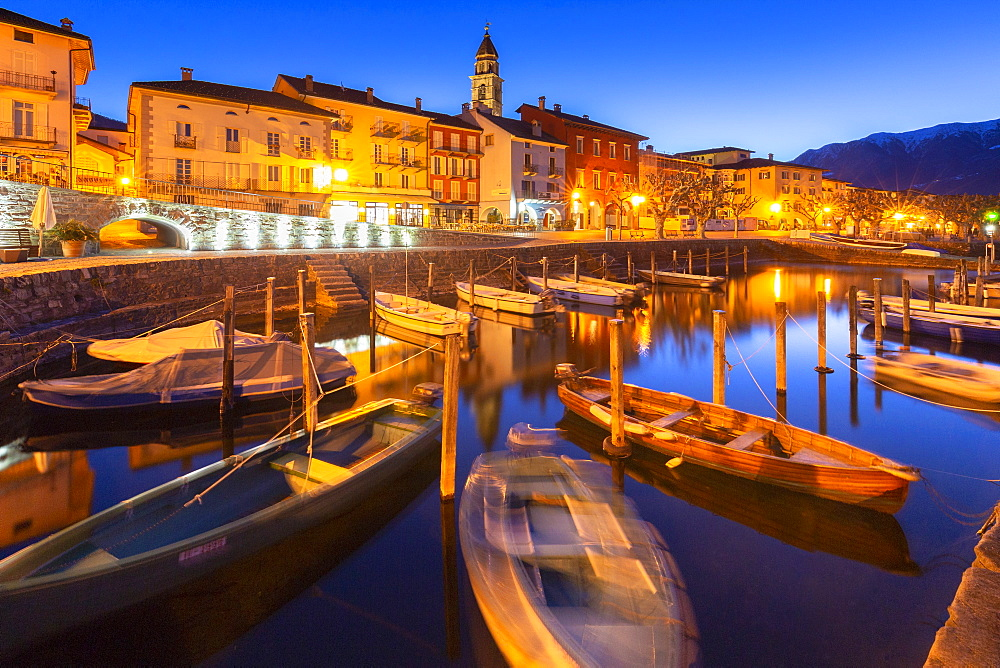 Touristic harbour of Ascona at dusk, Ascona, Lake Maggiore (Verbano), Canton of Ticino, Switzerland, Europe