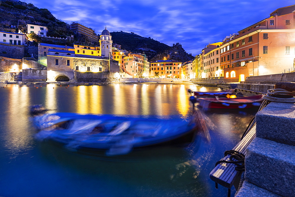 Moored boats in the port of Vernazza at dusk, Cinque Terre, UNESCO World Heritage Site, Liguria, Italy, Europe - 1269-520