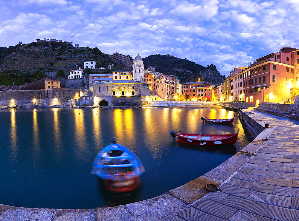 Moored boats in the port of Vernazza at dusk, Cinque Terre, UNESCO World Heritage Site, Liguria, Italy, Europe - 1269-525