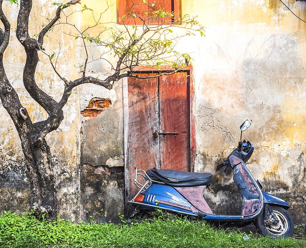 Moped street scene, Fort Kochi (Cochin), Kerala, India, Asia