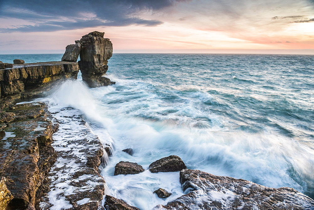 Pulpit Rock, Portland Bill, Isle of Portland, Jurassic Coast, UNESCO World Heritage Site, Dorset, England, United Kingdom, Europe