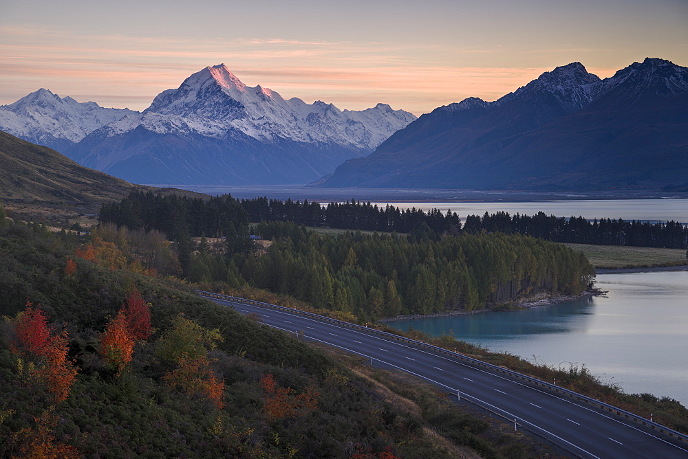 Mount Cook on an autumn morning, UNESCO World Heritage Site, Southern Alps, South Island, New Zealand, Pacific - 1275-103