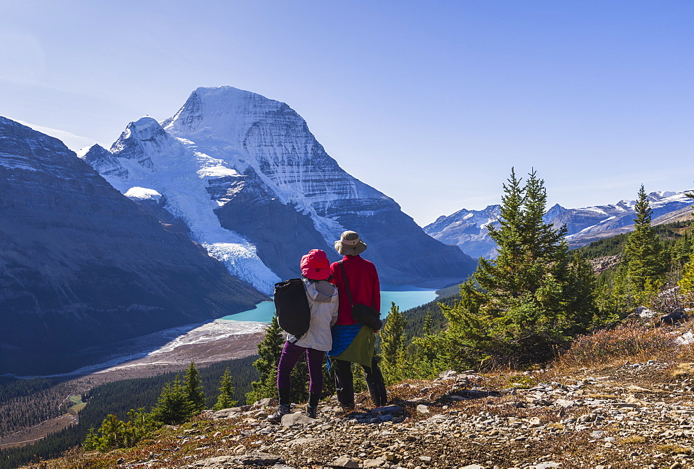 Hiking in the Mount Robson Provincial Park, UNESCO World Heritage Site, with a view of the Whitehorn Mountain, Canadian Rockies, British Columbia, Canada, North America - 1275-47