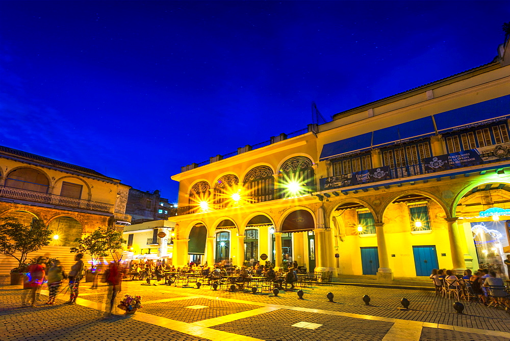 Old Town Square, Plaza Vieja at night, La Habana Vieja, UNESCO World Heritage Site, La Habana (Havana), Cuba, West Indies, Caribbean, Central America