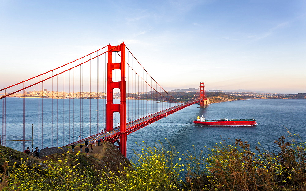View of Golden Gate Bridge from Golden Gate Bridge Vista Point at sunset, San Francisco, California, USA, North America - 1276-427