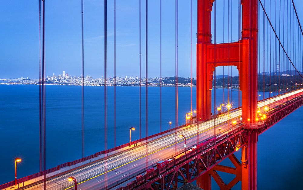 View of Golden Gate Bridge from Golden Gate Bridge Vista Point at dusk, San Francisco, California, USA, North America - 1276-430