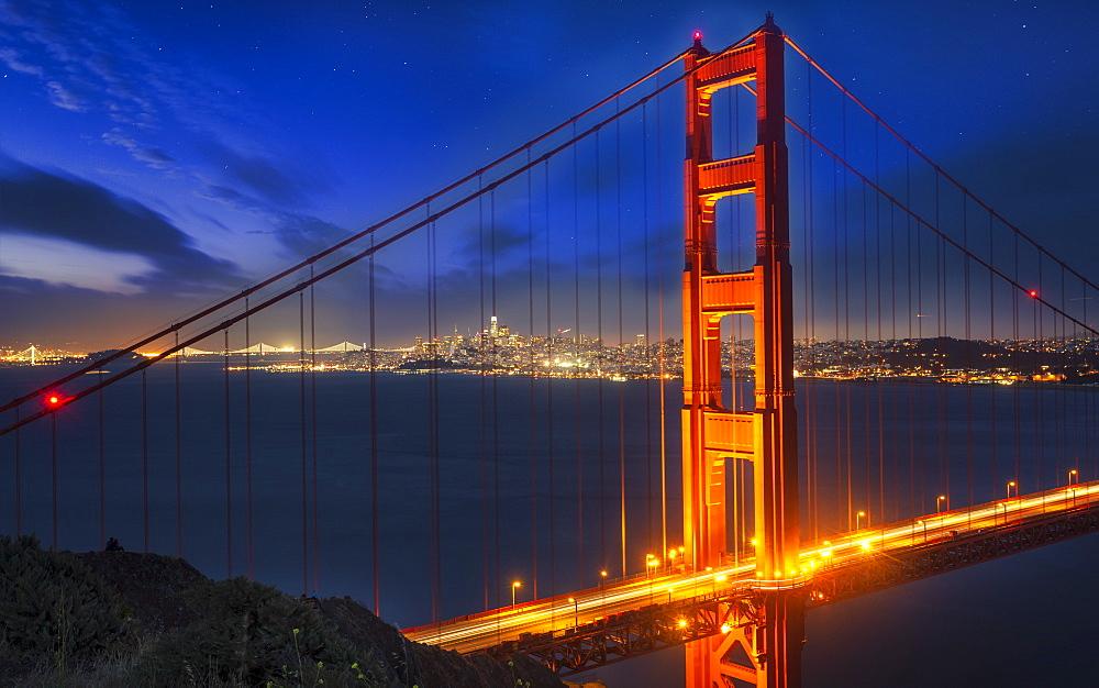 View of Golden Gate Bridge from Golden Gate Bridge Vista Point at night, San Francisco, California, USA, North America - 1276-433