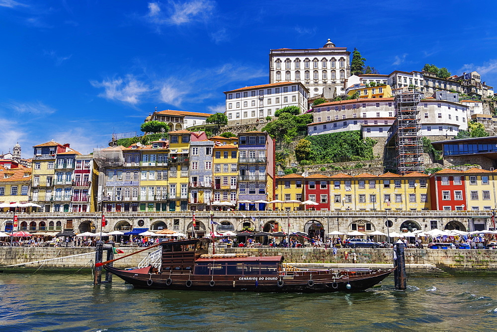 Traditional waterfront houses in the Ribeira district and boat on the Douro River, Porto, Portugal, Europe - 1278-162