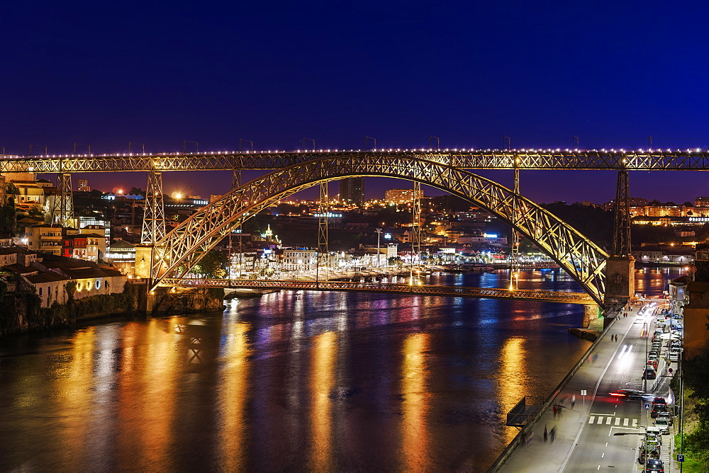 Night view of Dom Luis I Bridge over Douro River with Vila Nova de Gaia with traditional buildings in the background, Porto, Portugal, Europe - 1278-172