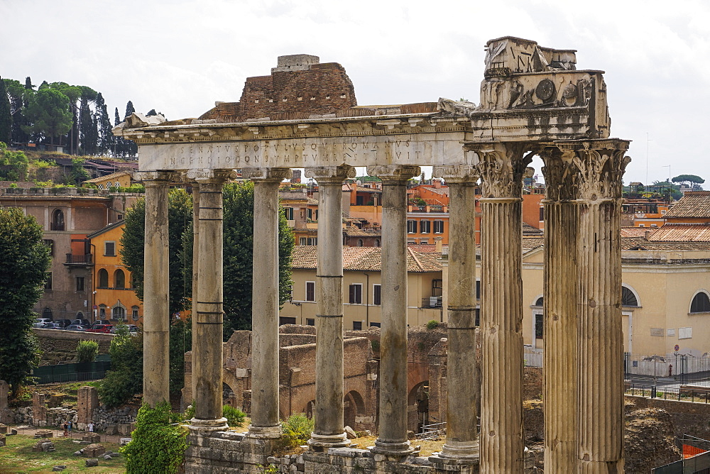 Foro Romano (Roman Forum) ancient ruins, UNESCO World Heritage Site, Rome, Lazio, Italy, Europe