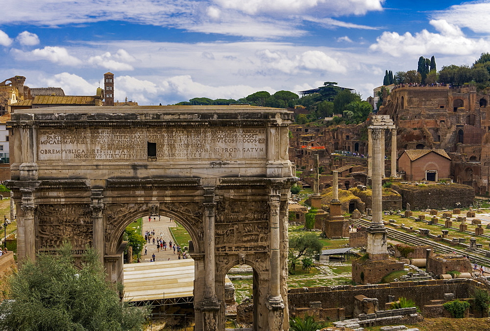 Panoramic view of surviving structures and the Arch of Septimius Severus in the Roman Forum, UNESCO World Heritage Site, Rome, Lazio, Italy, Europe - 1278-59
