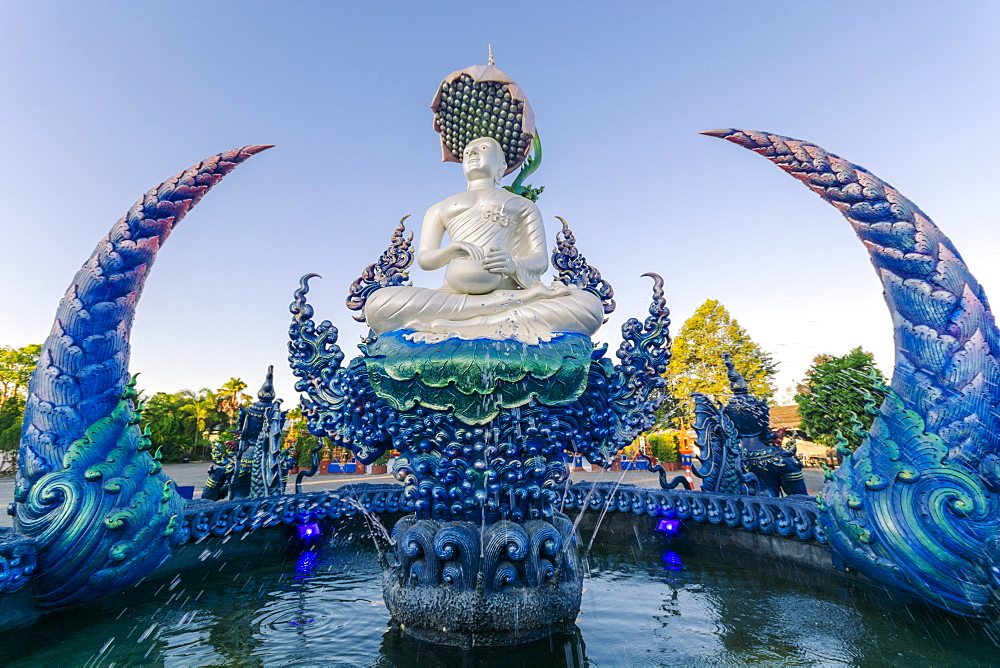 Fountain outside Wat Rong Suea Ten (Blue Temple) in Chiang Rai, Thailand, Southeast Asia, Asia - 1281-31