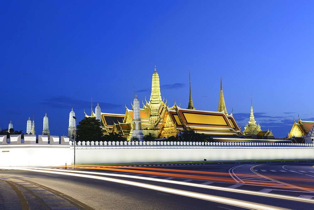 View of the Grand Palace at dusk with light trails, Bangkok, Thailand, Southeast Asia, Asia - 1281-5