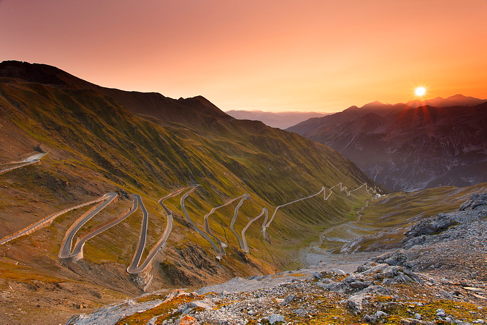Sunrise over the Stelvio Pass (Passo dello Stelvio), Eastern Alps, Italy, Europe - 1284-186