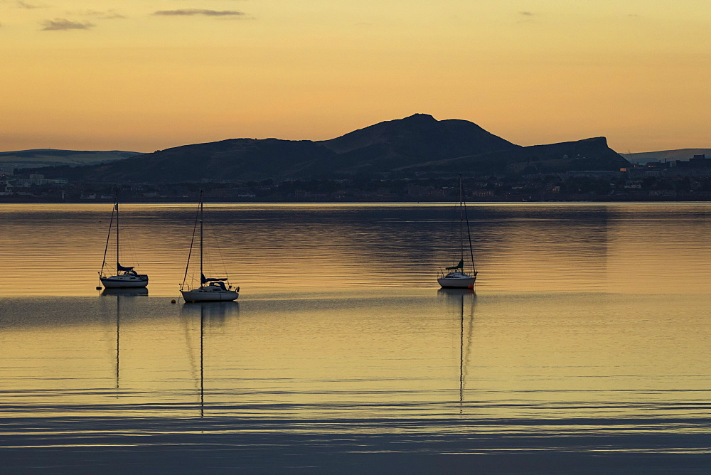 Sailboats at sunrise in Aberdour with Edinburgh in the background, Fife, Scotland, United Kingdom, Europe - 1286-41