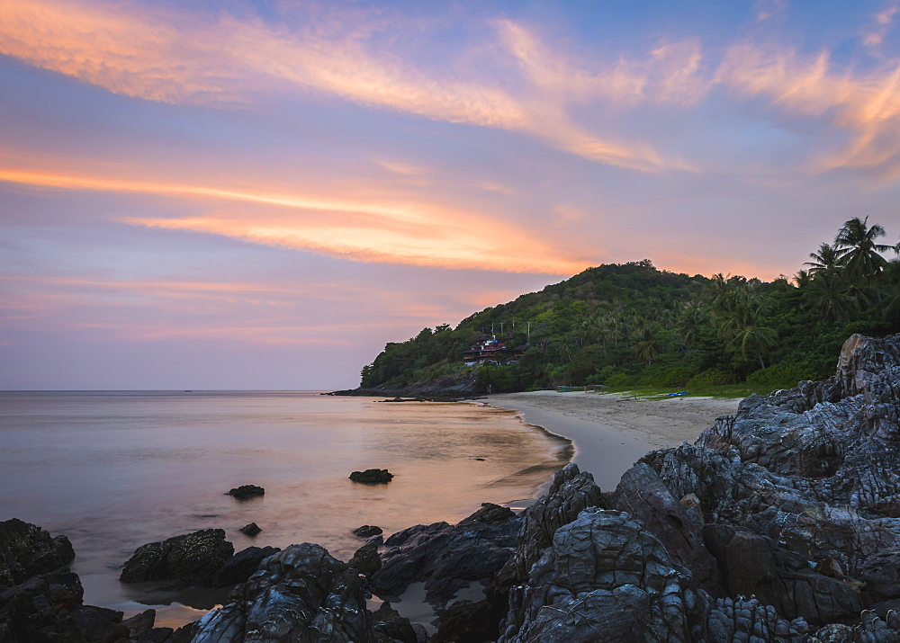 Nui Beach at sunrise, Koh Lanta, Thailand, Southeast Asia, Asia