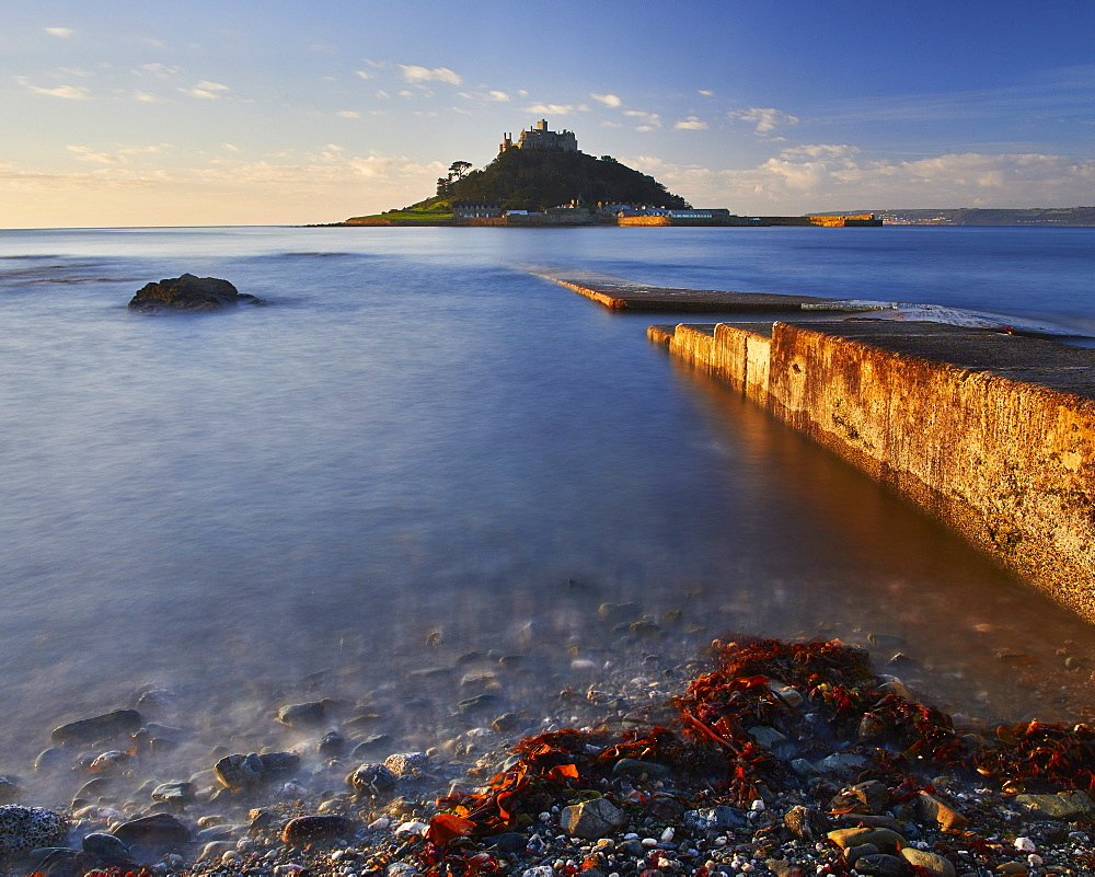 Winter sunrise at St. Michael's Mount in Marazion, Cornwall, England, United Kingdom, Europe - 1295-256