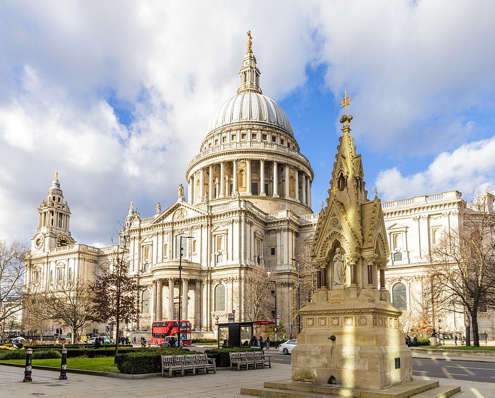 St. Pauls Cathedral, London, England, United Kingdom, Europe - 1297-1149