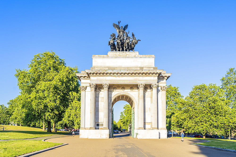 Wellington Arch in Hyde Park Corner, London Uk Europe - 1297-1195