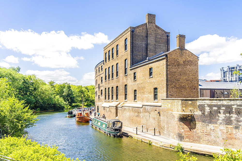 Coal Drops Yard and Regents Canal in King Cross, London, England, United Kingdom, Europe - 1297-1205