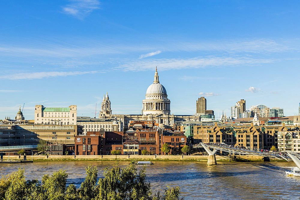 St. Paul's Cathedral and the London skyline, London, England, United Kingdom, Europe