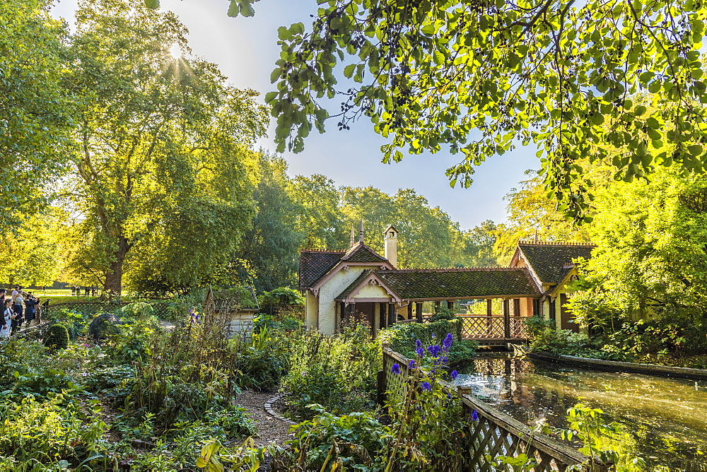 A view of Duck Island Cottage by St. James's Park lake in St. James's Park, London, England, United Kingdom, Europe - 1297-421