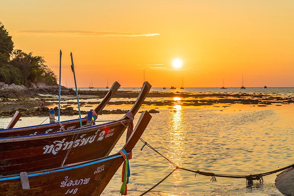 Sunset in Ko Lipe, in Tarutao National Marine Park, Thailand, Southeast Asia, Asia