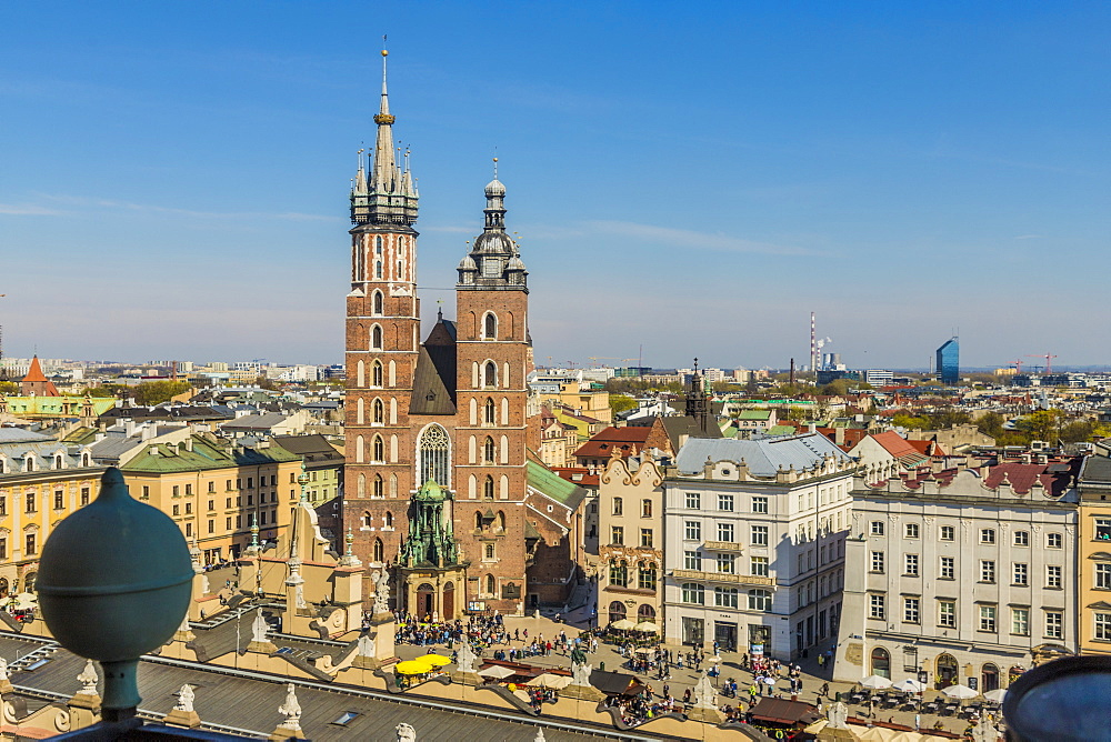 Aerial view of St. Marys Basilica and the medieval old town, UNESCO World Heritage Site, Krakow, Poland, Europe