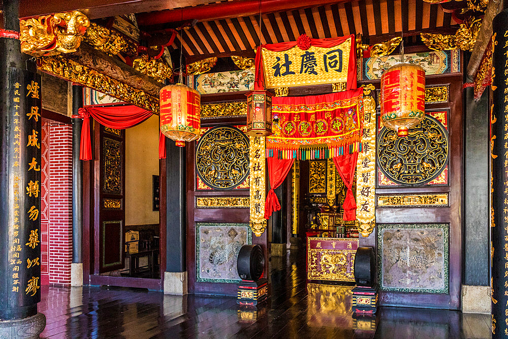 Hock Teik Cheng Sin temple in George Town, a UNESCO World Heritage site, Penang Island, Malaysia, Southeast Asia, Asia.