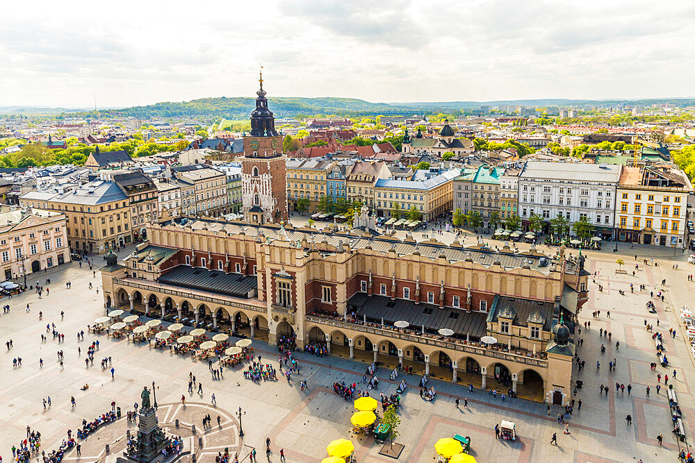 Elevated view of Cloth Hall in the Main Square in the medieval old town, a UNESCO World Heritage site, in Krakow, Poland, Europe - 1297-952