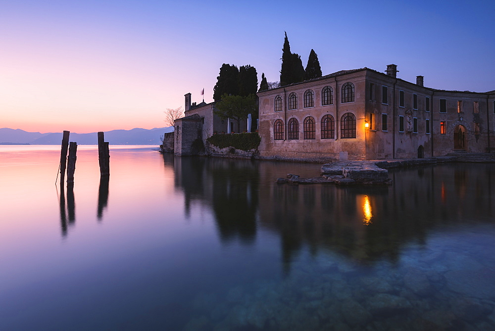 Punta San Vigilio at dawn, a beautiful resort on Lake Garda, Verona province, Veneto, Italian Lakes, Italy, Europe - 1299-80