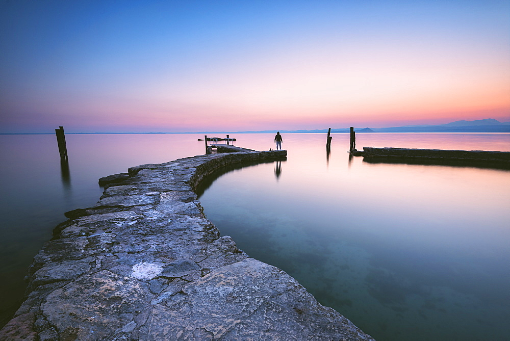 Punta San Vigilio at dawn, a beautiful resort on Lake Garda, , Verona province, Veneto, Italian Lakes, Italy, Europe - 1299-82