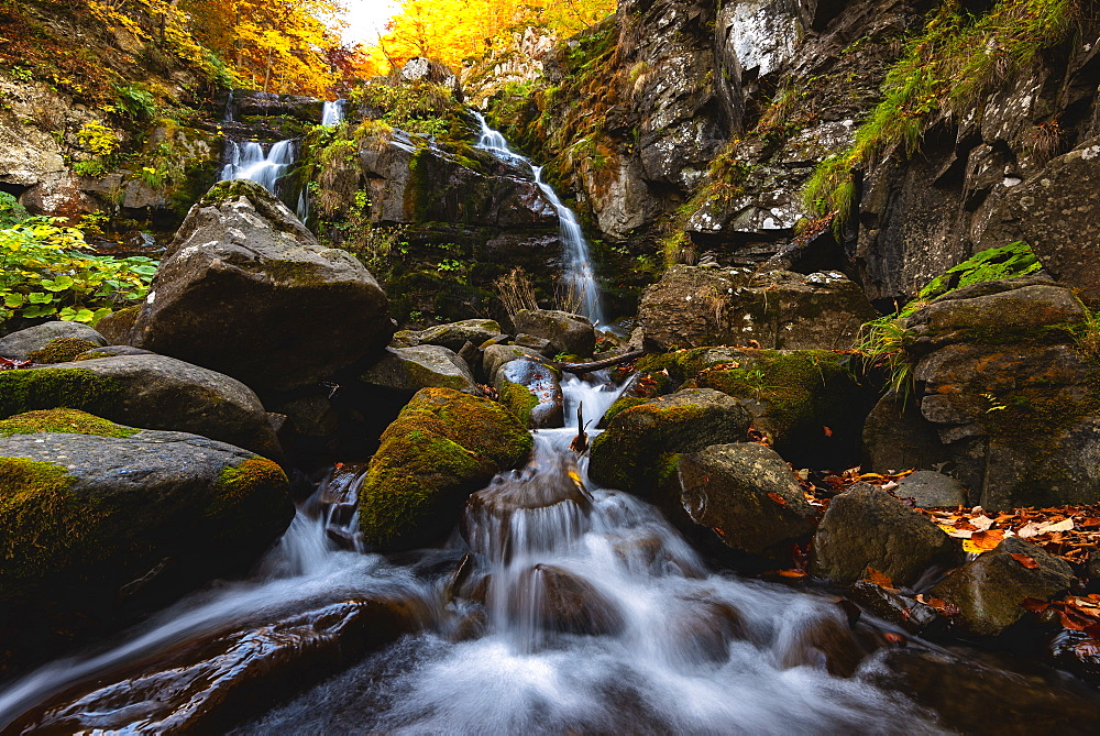 Autumn at the Dardagna waterfalls, Tosco Emiliano Apennines, Apuan Alps, Lizzano in Belvedere, Emilia Romagna, Italy, Europe - 1299-97