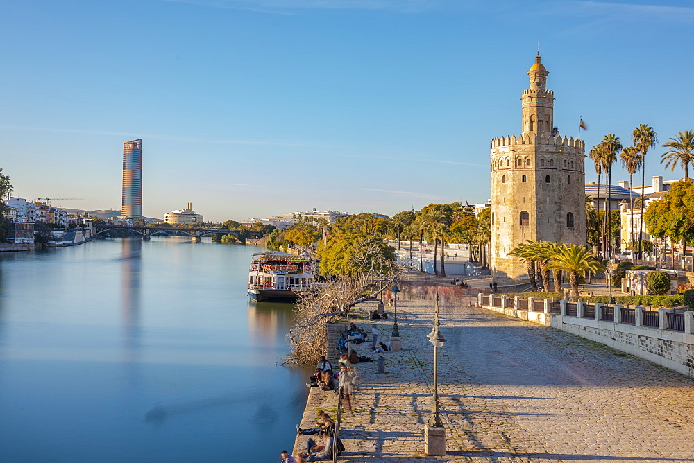 Torre del Oro (The Golden Tower), a dodecagonal military watchtower, Seville, Andalucia, Spain, Europe