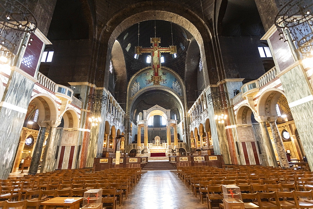 Interior details of Westminster Cathedral - 1300-165