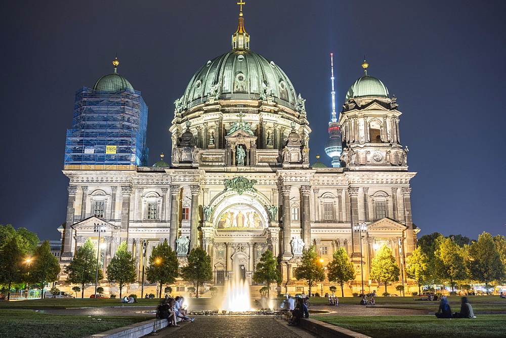 Berliner Dom (Berlin Cathedral) at night, Berlin, Germany, Europe