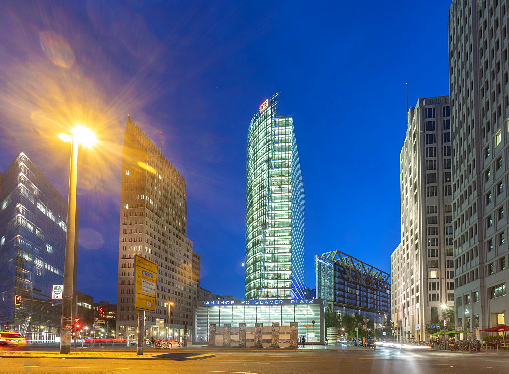 Potsdamer Square (Potsdamer Platz) at night, Berlin, Germany, Europe - 1300-29