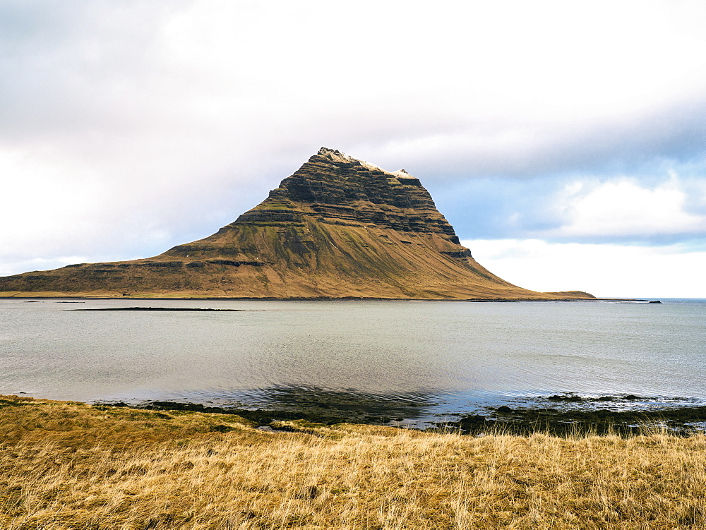 View of mountain Kirkjufell near Grundarfjordur town in the north of the Snaefellsnes peninsula in the west, Iceland, Polar Regions