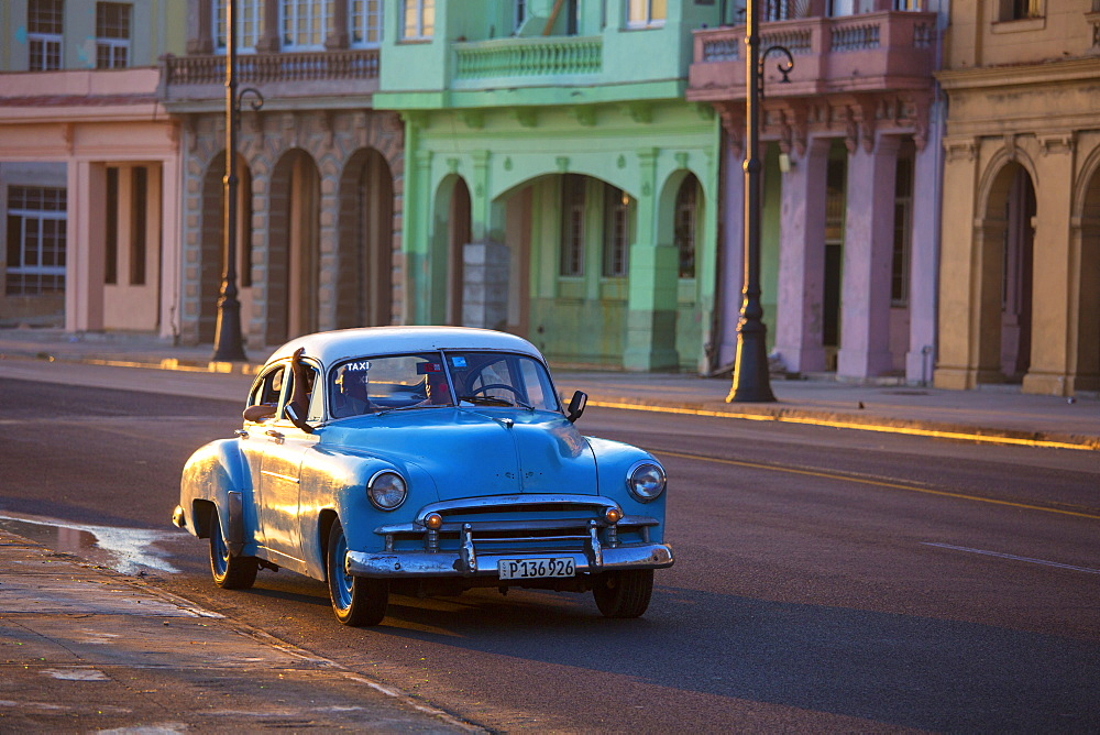 Old American car, Havana, Cuba, West Indies, Caribbean, Central America