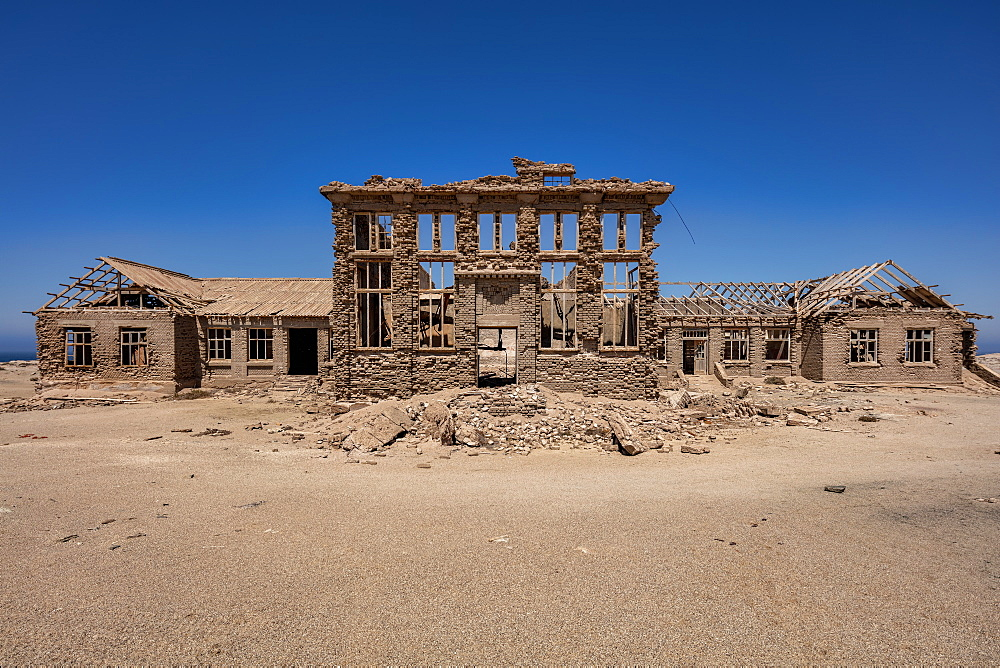 A disused Casino in the Abandoned Mining Town of Elizabeth Bay, on the coast of Luderitz around 25km from Kolmonskop, Namibia, Africa - 1304-31