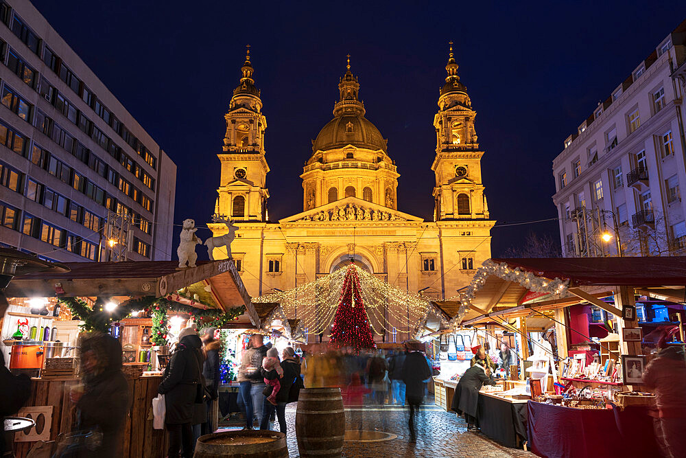 Christmas stalls at night in front of St Stephen's Basilica in Budapest, Hungary, Europe